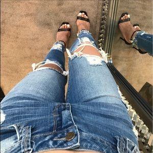 Denim - ✨Sale✨Mid Rise Destroyed Ankle Jeans